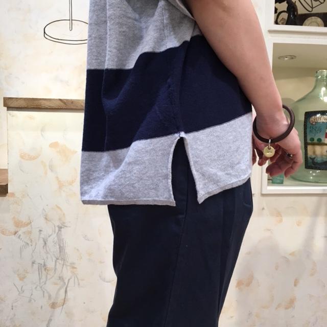 コーデ2ニット裾