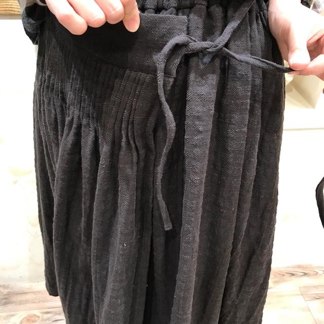 スカート巻風