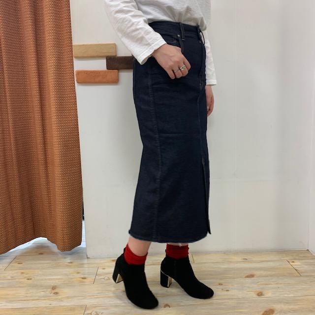 スカートよこ01
