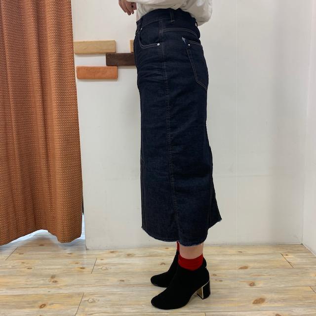 スカートよこ02