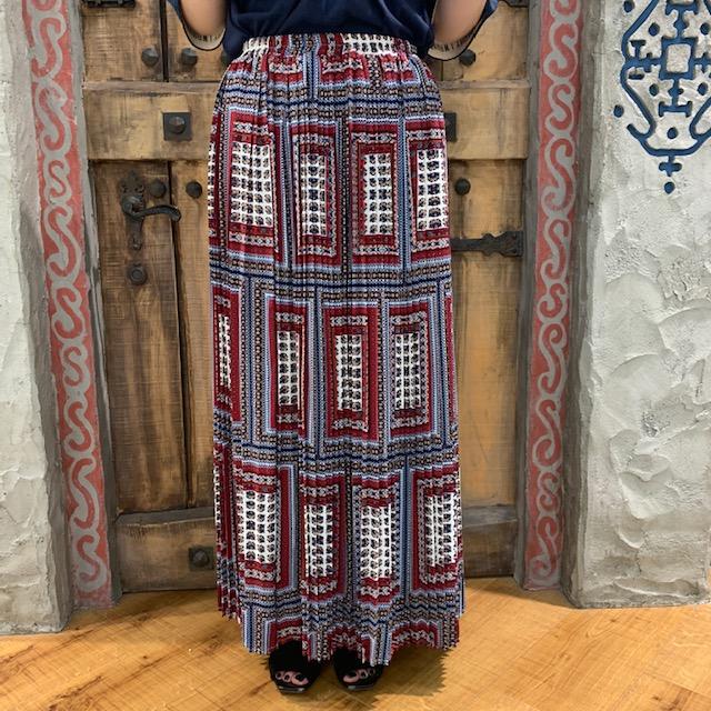 スカート正面01